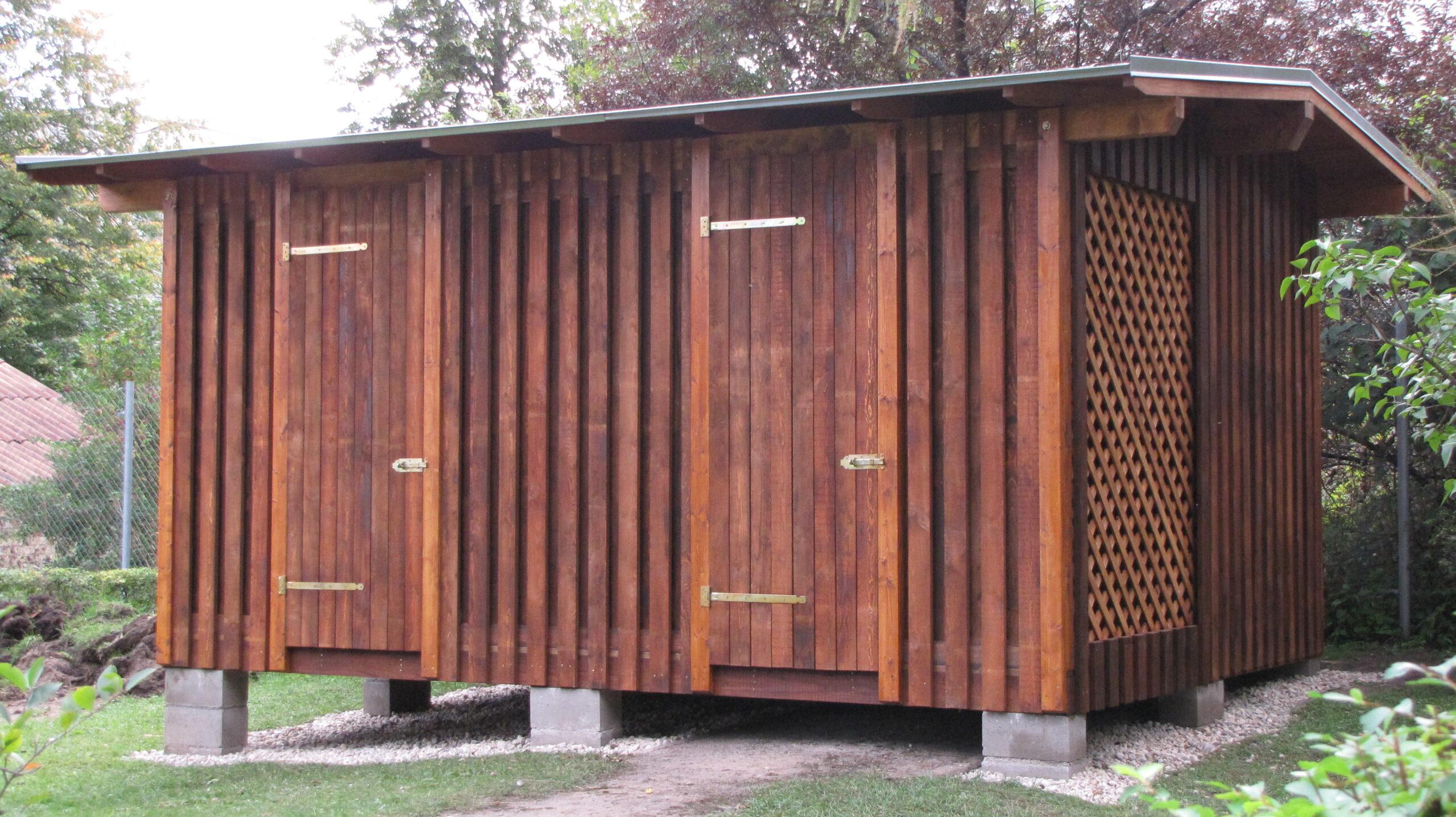 saimniecības ēkas